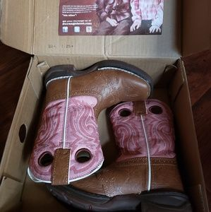 COPY - Little girls cowboy boots.